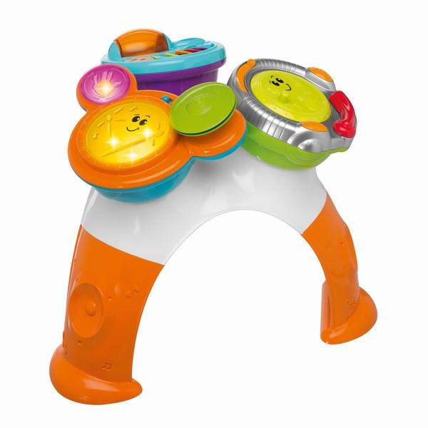 Игровой центр Chicco стол Rock Bandстол Rock BandИгровой столик Rock Band с 8 игровыми режимами полностью имитирует музыкальный центр!   3 уникальные игрушки позволят детям играть, одновременно развивая музыкальные способности:  Ударные: 3 электронных режима, 4 светодиода и 3 режима игры (звуки барабана, «держи ритм», сочинение); Маракасы: вращающийся цилиндр и красочные закрылки для веселой игры. Пульт DJ: слайдер, кассета, DJ микшер.  Все три игрушки являются съемными, что позволит детям играть так, как они захотят.<br>