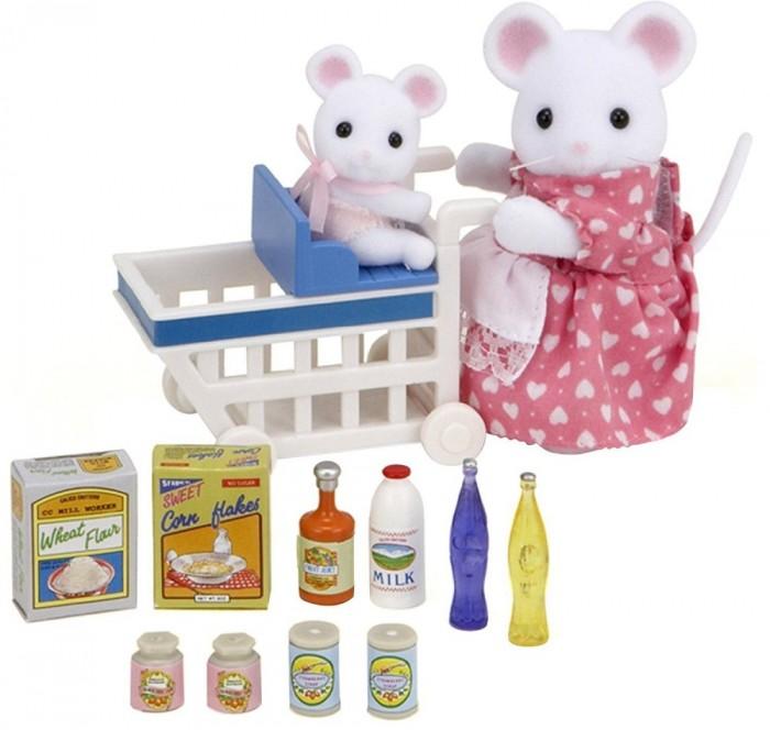 Sylvanian Families Игровой набор Покупки в бакалееИгровой набор Покупки в бакалееМама-мышь со своим мышонком отправилась за продуктами. В корзинке, которую везет мама-мышь, достаточно места не только для продуктов, но и для стульчика с мышонком.  В комплекте: мама мышь мышонок тележка сиденье для мышонка коробка с мукой коробка кукурузных хлопьев 2 банки клубничного джема 2 банки клубничного сиропа бутылка молока бутылка сока 2 бутылки воды  Сказочный мир игровых наборов Sylvanian Families разнообразен - это всевозможные зверюшки, у каждого из которых есть собственный дом, семья, работа. Состав семей в игровых наборах Sylvanian Families не ограничивается стандартным «папа, мама, ребенок», здесь есть даже бабушки и дедушки. Герои игровых наборов Sylvanian Families разнообразны: кролики, еноты, медведи, мыши, ежи, белки и многие другие. Однако разнообразием героев мир игрушек Sylvanian Families не ограничивается. Дома, предметы мебели, игрушечная еда и многие другие аксессуары представлены в ассортименте игрушек Sylvanian Families.<br>