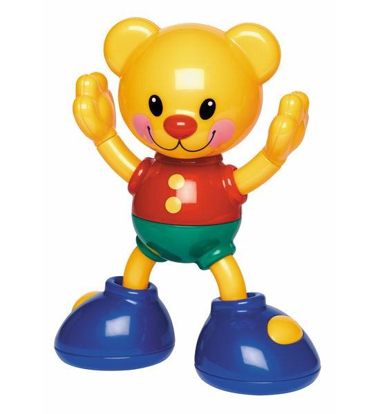 Развивающая игрушка Tolo Toys Мишка-акробатМишка-акробатОранжевый медвежонок с добродушной улыбкой крепко стоит на ногах, готовясь выполнить очередной трюк.   Маленькому ребёнку будет очень интересно исследовать все его возможности: мишка умеет раскачиваться с лапы на лапу, не теряя равновесия; он крутит головой и руками в разные стороны, издавая забавные звуки.   Его легко хватать детскими ладошки, обнимать и таскать всюду за собой.   Яркий красочный пластик, из которого он изготовлена, полностью безопасен для малышей.   Игрушка развивает в ребёнке такие стороны, как слуховое восприятие, моторика пальцев, концентрация внимания.   Она с лёгкостью закрепляется в детской кроватке или коляске.<br>