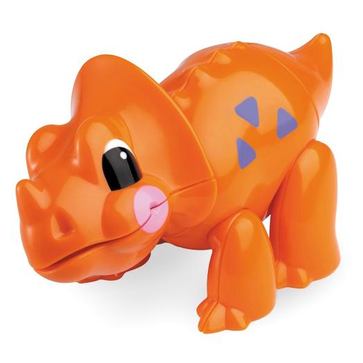 Развивающая игрушка Tolo Toys ТрицератопсТрицератопсПри сгибании конечностей, а также при поворотах головы игрушки раздается легкий треск. Возможны различные положения, благодаря шарнирному телу.  Игрушка способствует развитию моторики, помогает научится различать цвета и воспринимать звуки.   Фигурка безопасна во время прорезывания зубов.  Игрушки Tolo отличаются высоким качеством изготовления и повышенной прочностью.<br>