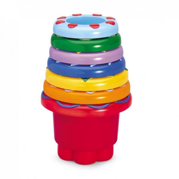 Развивающая игрушка Tolo Toys Набор стаканчиковНабор стаканчиковИз стаканчиков можно собрать пирамидку.  Пирамидка легко собирается или разбирается, формочки можно сложить друг в друга.  Яркая и разноцветная игрушка.   Идеально подходит для игр в ванной, саду или на пляже.   Различные цвета и текстуры стимулируют основные чувства ребенка.  Игрушки Tolo отличаются высоким качеством изготовления и повышенной прочностью<br>