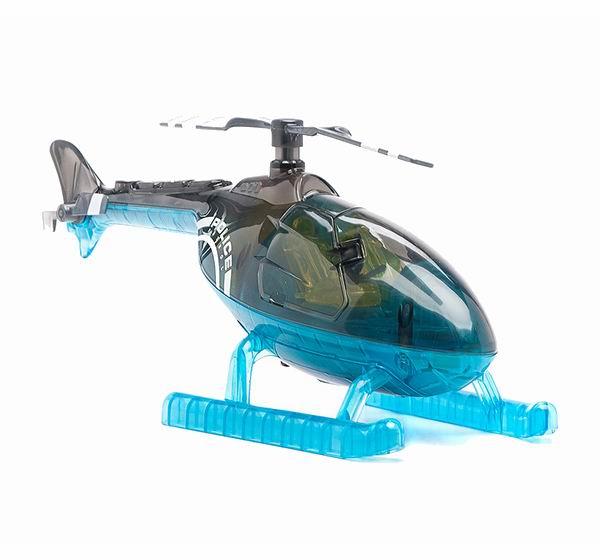 Worx Toys Вертолет с книжкой  и пультомВертолет с книжкой  и пультомЭксклюзивная игрушка – вертолёт с пультом управления, который сможет не только развлечь ребёнка, но и обучит его. Вертолёт оборудован звуковыми и световыми эффектами, что делает обучающий процесс более интересным и запоминающимся. В комплект входит обучающая книжка, в которой главный герой – это любопытный репортёр Макс, он проходит через различные испытания. Книжка поделена на разделы, в каждом разделе находится информации о той или иной части вертолёта. Вводите коды, чтобы активировать вертолёт.   Особенности вертолета Worx Toys:  Информация о более чем 12 деталях гоночной машины и о том, как они работают Возможность вводить код прямо на вертолёте Книжка-игрушка в твёрдом переплёте Режим настройки позволяет детям самим создать три собственных команды Открывающиеся двери позволяют ребёнку ещё более тщательно разглядеть вертолёт Регулятор громкости Три батарейки АА Радиопульт  Все дети любят задавать вопросы о том, что как работает. Именно поэтому компания Worx Toys наладила выпуск серии игрушек, позволяющих детям заглянуть внутрь машины и узнать, как она работает, при помощи активирующихся по желанию подсветок и звуков. В идущих в комплекте с игрушками книжках объясняется, что делает та или иная деталь. Ребёнок получает знания прямо в то время, когда читает о том, как главный герой Хаули Воркс переживает множество приключений, сталкиваясь с гоночной машиной, полицейским вертолётом и пожарным автомобилем.  Все игрушки Worx Toys одновременно и развлекают, и обучают ребёнка. Каждая игрушка изготовлена из прочного яркого прозрачного пластика, позволяющего детям заглянуть внутрь машины и увидеть, как она устроена. Каждая игрушка оснащена более чем двадцатью подсветок и звуков, которые активируются путём введения кодов из забавных фигурок: кружка, квадратика, треугольника и крестика. Каждый код активирует определённую деталь машины: например, один код вызывает скрежет тормозов, другой – рёв мотора, трети