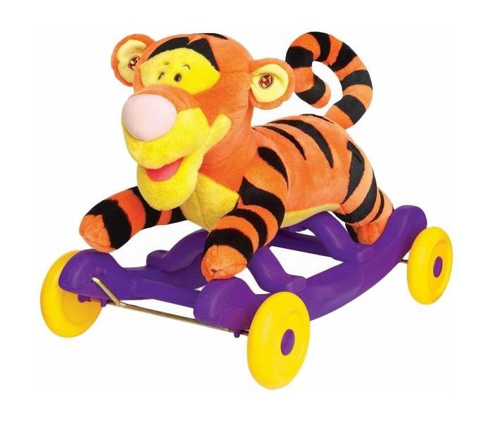 Качалка Kiddieland Тигруля плюш каталкаТигруля плюш каталкаКаталка - качалка Тигруля в виде любимого тигренка из мультфильма выполнена в красивом стиле, сочетает в себе качества удобства и комфорта, так как сделана из плюша с мягкой набивкой.   Играть возможно двумя способами: кататься (при установленных колёсиках) и качаться на пластиковых полозьях (при снятых колёсиках).  У каталки удобное сиденье и колесики для катания ребенка. По необходимости у каталки легко снимаются колесики и она становится качалкой на дугах.  Ритмичные покачивания успокаивают малышей, а также способствуют развитию вестибулярного аппарата.  Игрушка предназначается для домашнего использования.    Максимальная нагрузка: 25 кг  Для работы нужны 3 батарейки АА (входят в комплект)  Размер: 36,5 х 61,5 х 43 см<br>