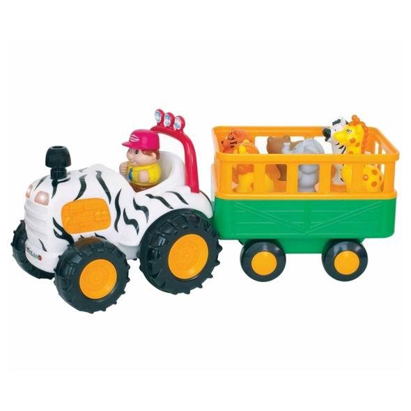 Kiddieland Трактор СафариТрактор СафариТрактор Сафари - яркая музыкальная игрушка на колесах, озвученная на русском языке, развлечет малыша мигающими огоньками, приятной музыкой и забавными звуками.   При нажатии на трубу трактор едет вперед, при этом звучат реалистичные звуки мотора, тормозов или веселые стишки.   В прицепе трактора находятся 5 фигурок диких животных. Фигурки необходимо правильно расставить по своим местам, тогда при нажатии они издают соответствующие реалистичные звуки, читают стишки, а водитель поет песенку. Фигурки зверей и водителя легко снимаются, и малыш может играть с ними отдельно. Отправляйтесь в веселую и познавательную поездку!  Упаковка презентационно-открытая. Питание: 4 батареи АА (входят в комплект).  Размер игрушки: 36х13,5х17,5 см.<br>