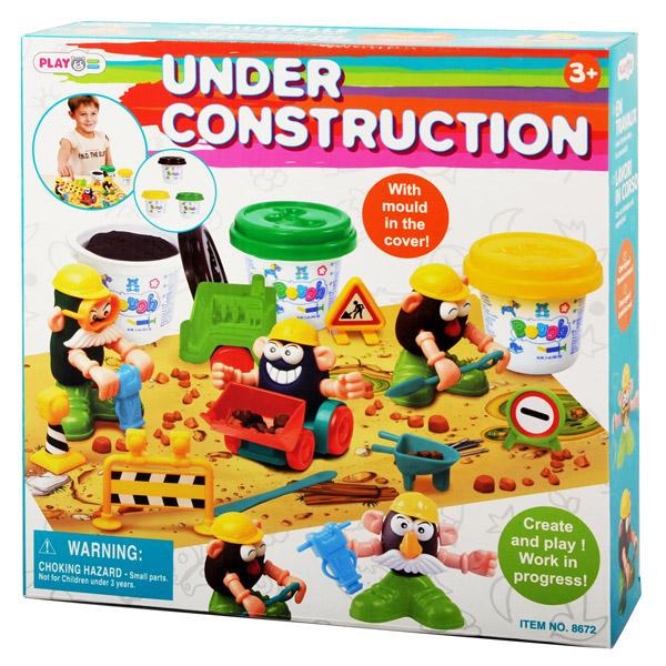 Playgo Набор СтройкаНабор СтройкаНабор PlayGo Play 8672 - красочный набор для лепки, который поможет ребенку создать самые незабываемые конструкции.   Масса для лепки не липнет к рукам. Освоив работу с пластилином, малыш может начать лепить настоящих животных и людей.  Данный набор развивает мелкую моторику рук, подготавливая их к письму, творческие способности, фантазию и воображение.  В наборе: 3 банки с пластилином, муляжи глаз, ушей, рук, усов, игровое поле.  Пластилин изготовлен на пищевой основе, безвреден, приятно пахнет и не пачкает рук, легко смывается.<br>