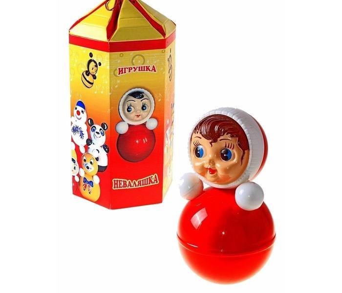 Развивающая игрушка Russia Неваляшка 36 смНеваляшка 36 смИгрушка неваляшка - одна из самых любимых игрушек малышей. Она совмещает в себе погремушку и устройство, благодаря которому неваляшка никогда не упадет.   Яркие цвета и удобная форма игрушки не оставят малыша равнодушным. Кроме того, неваляшка абсолютно безопасна даже для маленьких детей.   При раскачивании издает звук. Неваляшка - игрушка для развития у ребенка цветового, звукового и тактильного восприятия.  Она изготовлена из высококачественного российского пластика по строгим гигиеническим и санитарным нормам.   Высота неваляшки 36 см.   Неваляшка продается в цветной картонной подарочной упаковке.<br>