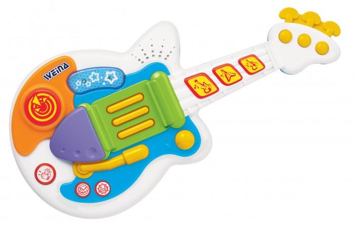Музыкальная игрушка Weina Рок-ГитараРок-ГитараЭта рок-гитара создана активных и музыкальных малышей. Гитара поможет начинающему гитаристу выбрать свой стиль, попробовать спецэффекты. Нажимая кнопки, малыш услышит разные мелодии.  Юный гитарист может выступить перед родными и стать звездой домашнего праздника. После игры ребенок услышит звуки аплодисментов.  Игрушка поможет малышу развить музыкальный слух и чувство ритма, а также мелкую моторику рук.  Собирать игрушку и устанавливать батареи должны только взрослые. Не используйте одновременно старые и новые батареи или разных типов: щелочные, стандартные (углецинковые) или перезаряжаемые (никель-кадмиевые).  Особенности: Предназначена для детей старше 12 месяцев Отлично подходит для развития музыкальных навыков Музыкальные и световые эффекты Выбор стиля: рок или блюз 2 батарейки AA (1.5 В) входят в комплект<br>