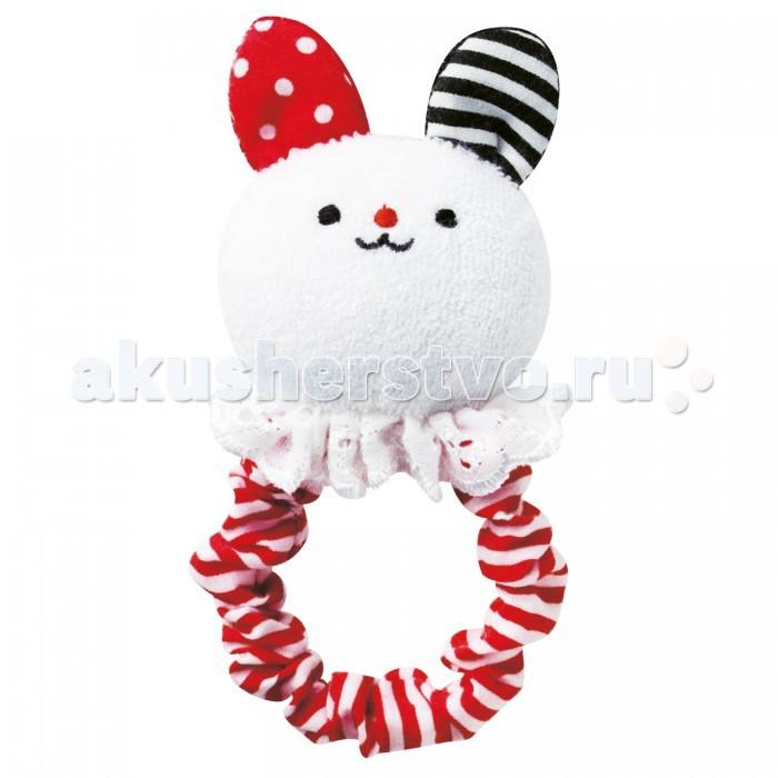 Погремушка Combi мягкая FuriFuri Rabbitмягкая FuriFuri RabbitУвлекательная погремушка с мордашкой зайчика. Погремушка крепится на запястье малыша и при движении в разные стороны издаются легкие звуки колокольчиков.  Характеристики: для детей с 0 месяцев соответствует японским стандартам безопасности и гарантируют уверенность при использовании рекомендуется ручная стирка<br>