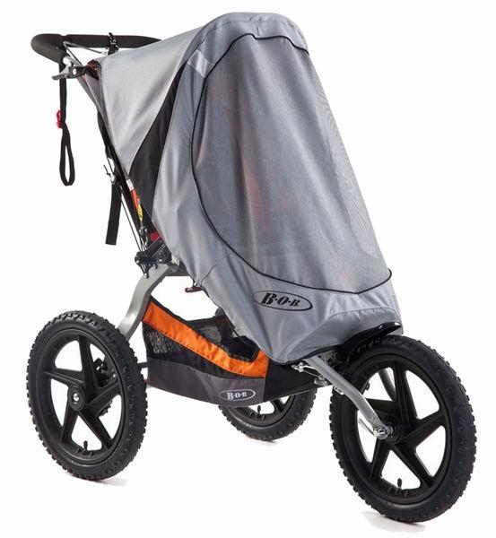 Москитная сетка BOB от солнца для колясокот солнца для колясокНакидка от солнца для колясок BOB с неповоротным колесом.  Специально разработанное покрытие сетки накидки защищает ребенка от вредного воздействия ультрафиолетовых лучей (UVA / UVB), а также от ветра и летающих насекомых.   Идеально подходит для колясок BOB Sport Utility Stroller и Ironman.  Состав: нейлон<br>