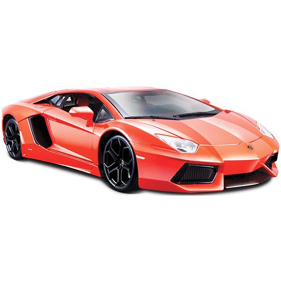 Bburago Машина Lamborghini Aventador LP700-4Машина Lamborghini Aventador LP700-4Машина Lamborghini Aventador LP700-4 – это копия настоящего автомобиля с полной детализацией всех частей.  Игрушка выполнена из высококачественного металла и пластика. Детали и края аккуратно обработаны.   Коллекционные машинки Бураго развивают у ребенка развивают координацию движений и меткость, пространственное и образное мышление, воображение, мелкую моторику. С мини-модельками автомобилей Bburago игра станет настолько увлекательной, что оторваться будет невозможно!   Компания Bburago – мировой лидер в производстве коллекционных моделей автомобилей. Более 30 лет профессиональные дизайнеры Bburago разрабатывают точные копии современных машин и ретро машин известных марок. С автомобилями Bburago можно не только играть, но и сделать их частью своей коллекции!<br>