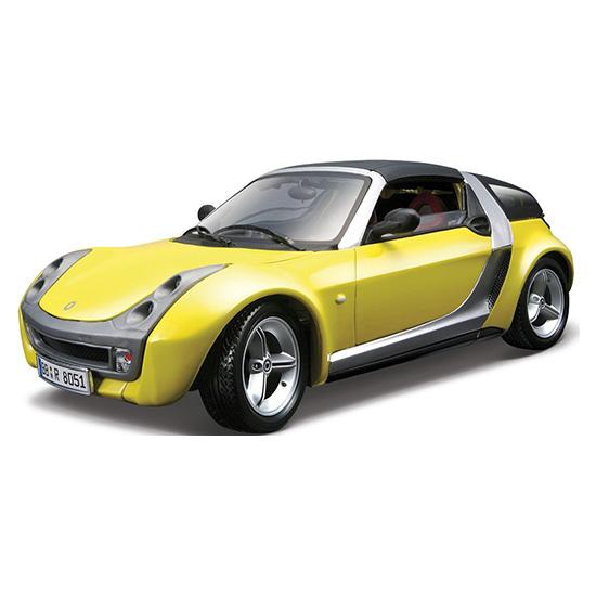 Bburago Машина Smart Roadster CoupeМашина Smart Roadster CoupeМашина Bburago Smart Roadster Coupe – это копия настоящего автомобиля с полной детализацией всех частей, 1:18  Игрушка выполнена из высококачественного металла и пластика. Детали и края аккуратно обработаны.   Коллекционные машинки Бураго развивают у ребенка развивают координацию движений и меткость, пространственное и образное мышление, воображение, мелкую моторику. С мини-модельками автомобилей Bburago игра станет настолько увлекательной, что оторваться будет невозможно!   Компания Bburago – мировой лидер в производстве коллекционных моделей автомобилей. Более 30 лет профессиональные дизайнеры Bburago разрабатывают точные копии современных машин и ретро машин известных марок. С автомобилями Bburago можно не только играть, но и сделать их частью своей коллекции!<br>