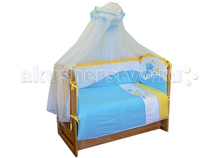 Комплект для кроватки Soni Kids По волнам (7 предметов)По волнам (7 предметов)Очень красивый высококачественный комплект в кроватку, состоящий из 7 предметов.   Ткань: сатин.  Состав: 100% высококачественный хлопок.  Наполнитель: холлофайбер. Балдахин: вуаль п/э.  Размеры: Пододеяльник- 140х110  Простынка на резинке - 150х90 Наволочка -60х40  Одеяло -140х110  Подушка -60х40  Бортик -360х44<br>