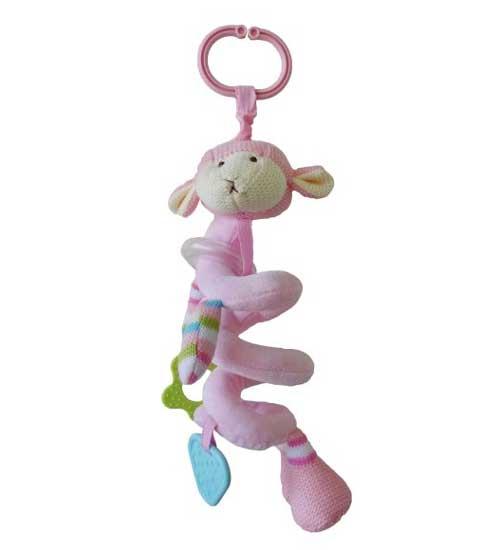 Подвесная игрушка Жирафики Овечка розовая 939273Овечка розовая 939273Подвесная игрушка Жирафики Овечка розовая 939273.  Музыкальную подвеску можно растянуть над кроваткой малыша как гармошку.   К овечке прикреплены фигурные резиновые элементы, которые помогут малышу развить мелкую моторику и хватательный рефлекс.   Игрушка сшита из приятной на ощупь, как будто вязаной, ткани.<br>