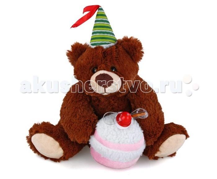 Интерактивная игрушка Fluffy Family Мишка с тортом 29 смМишка с тортом 29 смЭтот симпатичный мишка задорно и трогательного поздравит малыша с днем рождения!  Если мишке нажать на лапу, то он запоет песню Happy birthday to you. На торте завертится пропеллер, и появится светящаяся поздравительная надпись.  Мягкая игрушка наполнит мир вашего малыша приятными ощущениями и положительными эмоциями. Способствует развитию воображения и тактильной чувствительности у детей.  Качество подтверждено сертификатами соответствия.  Изготовлено из гипоаллергенных материалов.  Высота игрушки: 29 см .  Игрушка работает от 3 батареек типа АА (в комплекте).<br>