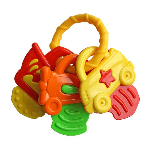 Погремушка Lubby Ключики - МашинкиКлючики - МашинкиПогремушка Lubby Ключики - Машинки развивает зрение, слух, координацию движений, мелкую моторику малыша.  Особенности: Держим сами: форма игрушки-погремушки позволяет малышу удобно держать ее пальчиками самостоятельно Учим цвета: игрушка-погремушка выполнена в нежной цветовой гамме Безопасно: игрушка - погремушка не имеет поверхностного окрашивания<br>