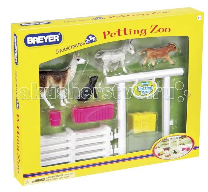 Breyer Игровой набор Домашний Зоопарк с аксессуарамиИгровой набор Домашний Зоопарк с аксессуарамиВсе животные линейки Stablemates являются игровыми моделями. Это не только лошади, но и быки, ламы, кошки и собаки, которые, несмотря на свои миниатюрные размеры, похожи на реальных животных. Яркие и красивые, сделают первое знакомство ребенка с миром домашних животных веселым и запоминающимся.  Набор Домашний Зоопарк включает: Лама Ослик Бычок Поросенок Ведро Таз Сено Ворота в зоопарк Загон   Все изготовлено из высококачественных материалов, экологично и абсолютно безопасно.    Рекомендовано детям от 4 лет.<br>