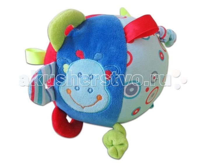 Развивающая игрушка Жирафики Мяч ДинозаврикМяч ДинозаврикРазвивающая игрушка Жирафики 939296 Мяч Динозаврик - настоящий тренажер для развития мелкой моторики и координации движений.   Мягкий шар сшит из кусочков тканей разной расцветки и разной фактуры. Играя, ребенок развивает хватательный рефлекс, тактильные ощущения и мелкую моторику рук.<br>