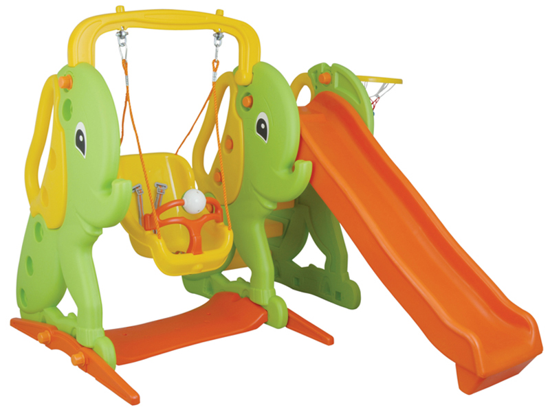 Pilsan Игровой комплекс с горкой СлонИгровой комплекс с горкой СлонЭтот замечательный многофункциональный комплекс – настоящая находка для счастливых родителей активных детишек! Устойчивая, крепкая конструкция, выполненная из высококачественного прочного пластика, абсолютно безопасная для детей. Комплекс можно устанавливать на любой поверхности.  Характеристика: комплекс включает: качели, горку и баскетбольную корзину рассчитан на детей возрастной категории 1-5 лет максимальный вес ребенка составляет – 35 кг горка оборудована ступеньками для подъема и имеет большой спуск качель оснащена защитным бампером и 3-точечным ремнем безопасности, который надежно удерживает малыша выполнен из экологически безопасного прочного пластика соответственно самым высоким стандартам безопасности  В собранном виде размеры составляют: 182 х 134 х 182 см<br>