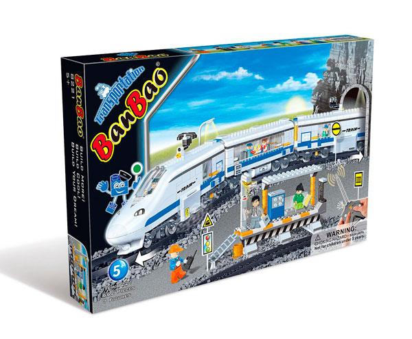 BanBao МетроМетроЖелезная дорога BanBao Конструктор Метро - это лучший выбор для любого мальчишки. Ведь благодаря ему он создаст скоростной поезд на радиоуправлении, который состоит из 662 деталей.   Особенности: Детали выполнены из прочной пластмассы, которая безопасна для детского здоровья, так как нетоксична и не вызывает аллергической реакции.  Играя, ребёнок сможет придумать множество игр, а также разовьёт усидчивость, воображение, внимательность, речь, фантазию, мелкую моторику пальцев и координацию движения рук. Управление движением поезда осуществляется благодаря пульту, который работает от батареек.<br>