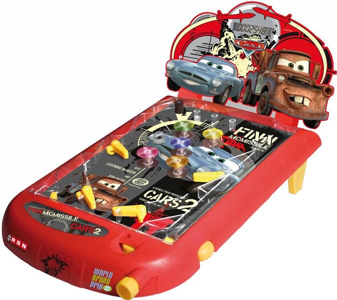 IMC toys Disney Пинбол Cars2Disney Пинбол Cars2IMC toys Disney Пинбол Cars2 на батарейках - игра создана по мотивам мультфильма Тачки 2.  Целью игры является, чтобы не допустить запущенный мячик скатиться донизу. Чтобы удержать мячик есть специальные кнопочки, именно они не дают мячику скатиться. Очки можно заработать, когда мяч катается по игровому полю и бьется о различные преграды и стенки. Чем больше отобьешь шарик, тем больше баллов получишь. Для того чтобы узнать результат игры, в игрушку встроено специальное электронное табло на котором высвечиваются все результаты.<br>