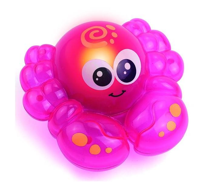 Hap-p-Kid Игрушка для ванной со световым эффектом КрабикИгрушка для ванной со световым эффектом КрабикПовседневное плескание в ванной под час купания с такой волшебной игрушкой-крабом превратится в настоящий праздник!  Игрушка активируется при контакте с водой и начинает светиться маленькими огоньками, вызывая у малыша неподдельный интерес.   Купание с такой чудесной игрушкой превратится в удовольствие и настроит малыша на положительный эмоциональный фон.   В процессе увлекательной игры активно тренируется мелкая и крупная моторика и ловкость движений, зрительное, тактильное восприятие.   Игрушка выполнена из прочного и высококачественного материала, не содержащего в составе вредных красителей.<br>