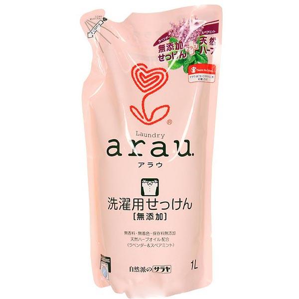 Saraya Arau Жидкость для стирки на мыльной основе 1000 мл (наполнитель)Arau Жидкость для стирки на мыльной основе 1000 мл (наполнитель)Жидкость для стирки Arau создана на основе 100% натуральных компонентов – кокосового масла, с добавлением экстрактов лаванды и мяты. Средство легко смывается водой и не остается на одежде.  После стирки одежда не является причиной возникновения аллергических реакций, что характерно для одежды, выстиранной синтетическим моющим средством. Экстракты лаванды и мяты придают белью аромат чистоты и свежести. После использования жидкости для стирки белье становится мягким и пушистым, хорошо впитывает влагу.   Состав: вода, калиевое мыло на основе кокосового масла, эфирное масло лаванды, эфирное масло мяты.   Способ применения: используйте из расчета 50 мл средства на 30 л воды. Подходит для всех типов ткани, автоматической и ручной стирки.   Уже более 50 лет японская компания Saraya Co Ltd. занимает ключевые позиции на рынке гигиенических продуктов. Наиболее важное значение при производстве компания придает экологическим аспектам, используя только экологически чистые технологии. Всегда придерживаясь последних международных стандартов качества и безопасности, Saraya предлагает своим покупателям только надежное и проверенное качество. Серия Arau Baby разработана специально для детей.<br>
