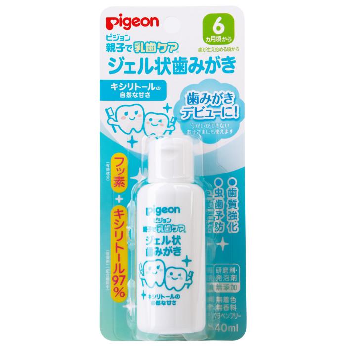 Pigeon Гель для чистки молочных зубов 6+ мес. 40 млГель для чистки молочных зубов 6+ мес. 40 млГель для чистки молочных зубов с момента их появления (с 6 месяцев) на основе пищевых компонентов. Безопасен при случайном проглатывании.  Содержит фторид натрия, укрепляющий зубы, защищающий эмаль от повреждения. В качестве подсластителя использован Ксилитол, не образующий кислот, которые вызывают кариес.  Не содержит абразивных веществ. Не содержит пенообразующих веществ.  Не содержит красителей и ароматизаторов. Легко удаляется салфеткой.  Не содержит абразивных веществ, обеспечивает деликатную чистку нежной эмали молочных зубов Укрепляет зубы и защищает от разрушения Абсолютно безопасен при случайном проглатывании В качестве подсластителя содержит Ксилитол, не образующий кислот<br>