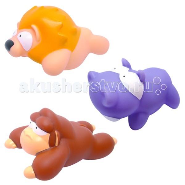 MAPA baby Набор ПВХ для ванной ДжунглиНабор ПВХ для ванной ДжунглиНабор ПВХ для ванной Джунгли (3 игрушки)  ПВХ-игрушки для ванной Mapa Baby – море веселья и положительных эмоций малышу. Игровые наборы, состоящие из ярких фигурок животных, птичек и насекомых, привлекают внимание и превращают купание в веселую игру.   Все игрушки выполнены из мягкого, приятного на ощупь, безопасного материала и прекрасно держатся на воде.  Если в игрушки сначала набрать воды, а потом нажать на них, то брызнет тонкая струйка, что позабавит малыша и привлечет его к игре.   Наборы для ванной Mapa Baby – это развитие воображения, цветового восприятия, тактильных ощущений и мелкой моторики рук.<br>