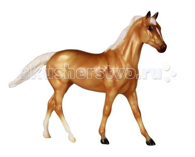 Breyer Лошадь англо-квотерхорсЛошадь англо-квотерхорсВсе лошади серии Classic являются игровыми моделями. Данная серия познакомит ребенка с многообразием лошадиных пород и мастей.   На данный момент продукты компании Breyer являются самыми реалистичными копиями лошадей благодаря точности линий, проработке мелких деталей и ручной росписи. Все это позволяет сделать каждую лошадь особенной и абсолютно не похожей на других.  Модель лошади Англо-квотерхорс познакомит ребенка с одной из интересных американских помесей- англо-квотерхорсом. Эти лошади происходят от двух популярных в Америке пород- квотерхорса (четвертьмильной) и чистокровной верховой. Потомство, полученное от этих лошадей, сочетает в себе лучшие качества своих родителей: красоту и резвость чистокровных верховых лошадей и маневренность и выносливость квотерхорсов. Обычно они достаточно высокого роста, имеют гармоничное телосложение и удобны под седлом, за что пользуются большой популярностью.    Рекомендовано детям от 4 лет.   Масштаб 1:12  Размеры лошади ДхВ - 23 х 15 см   Лошадь упакована в красивую коробку. Изготовлена из высококачественного материала, абсолютно безопасна в использовании, рекомендована детям от 4-х лет.<br>