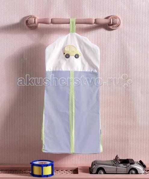 Kidboo Прикроватная сумка Traffic JamПрикроватная сумка Traffic JamПрикроватная сумка Kidboo Traffic Jam  В такой сумочке удобно разместятся, например, чистые подгузники или запасные пеленки. Сумка оригинального дизайна, очень практичная, с удобной застежкой.   Ее можно подвесить не только на кроватку, но и на пеленальный столик, шкафчик, ручку двери - в любое удобное для мамы место.  Материал: 100% хлопок  Размер: 30х65 см<br>