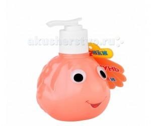 Бафики Детская пена для ванны Фани 255 млДетская пена для ванны Фани 255 млБафики Детская пена для ванны Фани с экстрактами облепихи и моркови специально предназначена для мытья детей. Бережно ухаживает за нежной, чувствительной кожей ребенка.   Особенности: Экстракт моркови, входящий в состав шампуня, обладает противовоспалительным и увлажняющим действиями.  Деликатная пена не щиплет глазки, превращая процедуру купания в удовольствие и для малыша, и для мамы.  В составе всех продуктов торговой марки Бафики используются только гипоаллергенные отдушки, и только пищевые красители, которые применяются при изготовлении мороженого, конфет, йогуртов.  Состав: вода, лауретсульфат натрия, карбамид, кокамид ДЭА, натрия кокоамфоацетат, динатрия кокоамфодиацетат, гликольдистеарат, кокамид МЕА, лаурет-10, морская соль, кокамидопропилбетаин, экстракты облепихи и моркови, диметикон кополиол, лимонная кислота, динатриевая соль ЭДТА, парфюмерная композиция, метилхлороизотиазолинон, метилизотиазолинон, C.I. 19140, С.I.14720.<br>