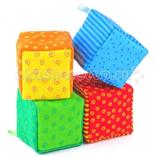Погремушка Мякиши ШуМякиш погремушка ФантикиШуМякиш погремушка ФантикиЯркие развивающие кубики Фантики - это: 4 пустотелых кубика размером 6 х 6 см, из которых 2 кубика хрустят и 2 кубика гремят.   Яркие кубики стимулируют малыша хватать и держать его маленькими пальчиками.  Мягкие и приятные на ощупь кубики, издают приятный хрустящий звук или звук зёрнышек, стимулирующие органы слуха малыша, мелкую моторику, зрительное восприятие.  Кубик поможет малышу развить в себе новые навыки, побуждая его к активным действиям! Фантики имеют разноцветные грани: Ваш ребёнок узнает и сможет запомнить основные и дополнительные цвета.   Состав: 100 % х/б ткань синтепон швейная фурнитура  Размер: 4 кубика 6 х 6 см<br>