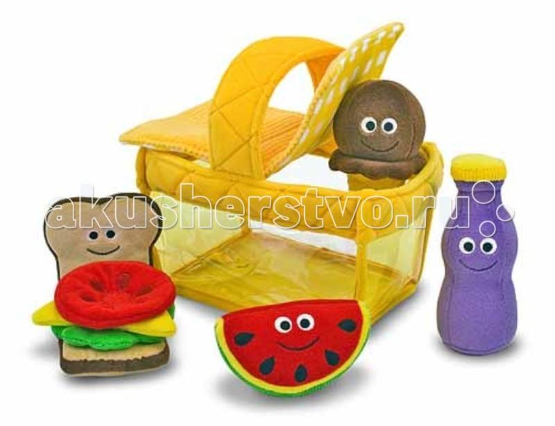 Мягкая игрушка Melissa &amp; Doug ПикникПикникМягкая игрушка Melissa & Doug Пикник - игрушки совсем как настоящие, но сделаны они из мягких материалов.  В наборе: плюшевый гамбургер долька арбуза мороженое бутылочка с напитком.  Каждая игрушка имеет дополнительную звуковую функцию - погремушка, пищалка, звенелка и шелестелка.  Все игрушки, кроме корзины, можно стирать в стиральной машине.<br>