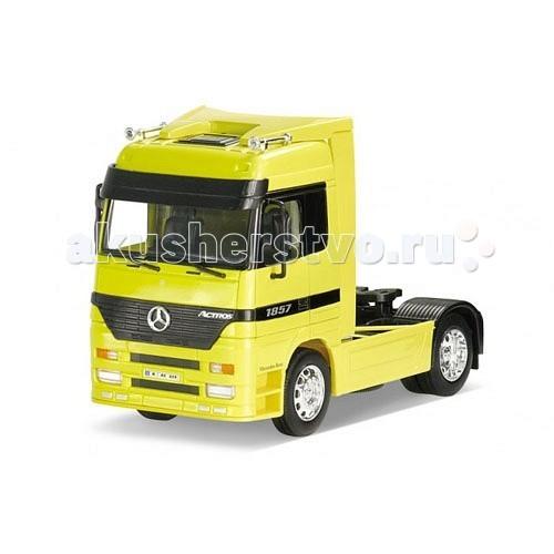 Welly Модель грузовика 1:32 Mercedes-Benz ActrosМодель грузовика 1:32 Mercedes-Benz ActrosМодель грузовика 1:32 Mercedes-Benz Actros  Коллекционная модель машины масштаба 1:32 Mercedes-Benz Actros.<br>