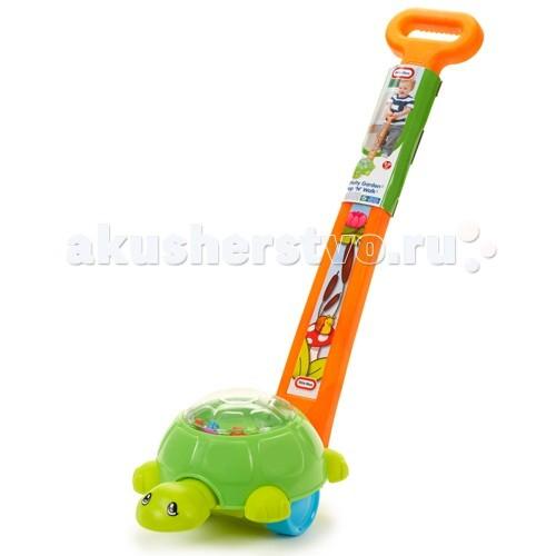 Каталка-игрушка Little Tikes Черепашки 633607Черепашки 633607Игрушка каталка развивающая Черепашки 633607  Яркая каталка Черепаха от Little Tikes предназначена для детей от 9 месяцев. Она станет отличной опорой для малыша, который только учиться ходить - держась за ручку, он сможет безопасно передвигаться.   При движении, черепашка кивает головой, а лягушки, которые находятся внутри прозрачного панциря, смешно подпрыгивают.<br>
