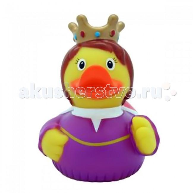 LiLaLu Игрушка для купания Уточка КоролеваИгрушка для купания Уточка КоролеваLaLuLi Уточка Королева.  Уточки среди водоплавающих игрушек всегда занимали почетное лидирующее место. Трудно выдумать что-то новое в этом море желтого очарования. Вот разве что наделить каждую игрушку своим характером и образом. Трогательные, яркие, забавные резиновые уточки наверняка понравятся малышам. С ними можно купаться, использовать в повседневных играх, как на улице, так и дома.  Устраивайте импровизированный театр, изучайте профессии, учитесь считать, придумывайте вместе с ребенком истории, а уточки сделают процесс обучения более радостным и увлекательным. Размер уточек 8*8 см. Они рекомендованы детям с 3 лет, но под присмотром взрослых их можно использовать с пеленок.Даже взрослых эти прикольные уточки заставят улыбнуться. Причем каждый покупатель выберет из представленного ряда забавных образов тот, который он сможет подарить друзьям или коллегам, для того что бы поднять им настроение.  Уточки любят компанию, и вы сможете подобрать к каждому образу целую серию на все случаи жизни: скейтбордист, байкер, футболист, дайвер, ныряльщик, музыкант, жених с невестой и детки, семья эскимосов, уточка, которая поздравляет с днем рождения и много других. Из серии профессии: утка-доктор, утка-медсестра, утка-пожарный, -повар, -пекарь, -следопыт, -ученый, -пилот и стюардесса.  Киношные и мультяшные персонажи: резиновая уточка пчелка Майя и Вилли, Спиди-гонщик, Принцесса лягушка, пираты, рыцари, Дракула, Скелет, Шерлок Холмс, семья уток Супергероев, Спайдермэн и утка-Бэтмен.Утки в виде животных и даже цветов: Божья коровка, Буренушка, Кошка и утка-подсолнух. Большие уточки 23 см выглядит эксклюзивно и восхитительно. С такой, почти настоящей по размеру уткой можно купаться не только в ванной, а также в домашнем бассейне или пруду.Уточки изготовлены из безопасных материалов. На воде держатся ровно, голова не перевешивает, на бок не заваливаются. При нажатии издают негромкий пищащий звук.  Описан