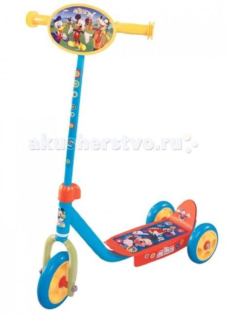 Самокат Disney Mickey 3-х колесныйMickey 3-х колесныйПрекрасный самокат Disney для малышей 2-4 лет на 3-х колесах. Ребенку удобно держать равновесие на широкой платформе для ног с закруглением кверху.  Особенности: прочная рама три практичных пластиковых колеса широкая с рисунком платформа удобные ручки яркое красочное оформление из серии Mickey  Размеры упаковка - 49x12x23 см.<br>