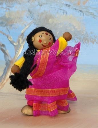 LeToyVan Кукла Индийская танцовщица ЖасминКукла Индийская танцовщица ЖасминLeToyVan Индийская танцовщица Жасмин.  Миниатюрные дизайнерские куколки, более 80 самых разных человечков с индивидуальным характером исполнения.  Королевская семья, волшебники и феи; отважные рыцари и морские пираты, фигурки-профессии футболисты, повар, уборщица, официантка, британский гвардеец и другие; персонажи из истории, фантазийные герои и герои сказок; ангелы, танцовщицы и много других. Смотреть всех героев Budkins.  В куклы можно играть сочетая с игровыми наборами Le Toy Van; размер кукол, форма и дизайн специально разработаны, например: набор кукол Пожарные + Пожарная машина и игровой набор Пожарная станция набор кукол Строители + игровой набор Дорожная техника куклы сказочных героев + кукольный замок куклы-пираты + пиратский корабль куклы-рыцари + замок для мальчика с аксессуарами. Для взрослого человека сувенирная куколка может стать подарком к празднику или встрече. приятный и радостный подарок на 8 Марта или 23 февраля нетрадиционный подарок на день рождение как знак внимания подарок на Новый год волшебных героев из сказок тематический сувенир для профессиональной деятельности пожарные, строители, врачи, учителя, футболисты, охранники Куклу Budkins приятно получить в подарок на любой праздник. Оригинально, очень красиво, вызывает только приятные эмоции и радостное<br>