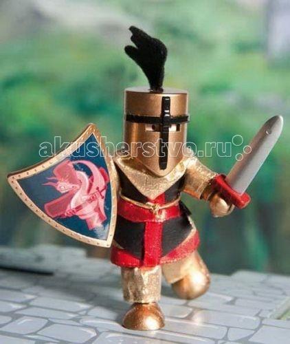 LeToyVan Кукла Железный рыцарьКукла Железный рыцарьLeToyVan Железный рыцарь.  Миниатюрные дизайнерские куколки, более 80 самых разных человечков с индивидуальным характером исполнения.  Королевская семья, волшебники и феи; отважные рыцари и морские пираты, фигурки-профессии футболисты, повар, уборщица, официантка, британский гвардеец и другие; персонажи из истории, фантазийные герои и герои сказок; ангелы, танцовщицы и много других. Смотреть всех героев Budkins.  В куклы можно играть сочетая с игровыми наборами Le Toy Van; размер кукол, форма и дизайн специально разработаны, например: набор кукол Пожарные + Пожарная машина и игровой набор Пожарная станция набор кукол Строители + игровой набор Дорожная техника куклы сказочных героев + кукольный замок куклы-пираты + пиратский корабль куклы-рыцари + замок для мальчика с аксессуарами. Для взрослого человека сувенирная куколка может стать подарком к празднику или встрече. приятный и радостный подарок на 8 Марта или 23 февраля нетрадиционный подарок на день рождение как знак внимания подарок на Новый год волшебных героев из сказок тематический сувенир для профессиональной деятельности пожарные, строители, врачи, учителя, футболисты, охранники Куклу Budkins приятно получить в подарок на любой праздник. Оригинально, очень красиво, вызывает только приятные эмоции и радостное настроение.<br>