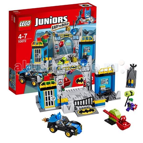 Конструктор Lego Juniors 10672 Лего Джуниорс Оборона БэтпещерыJuniors 10672 Лего Джуниорс Оборона БэтпещерыКонструктор Lego Juniors 10671 Лего Джуниорс Оборона Бэтпещеры  Отличный конструктор из серии 4+ Juniors (Джуниорс) от LEGO из 150 деталей.   Построй Логово Бэтмена - конструктор для поклонников приключений и супергероев.   Постройка состоит из широкого центрального въезда, тюремной камеры для пленников, на крыше которой расположен пульт управления системой безопасности и рабочее место Робина. Правое крыло пещеры – рабочий кабинет Бэтмена с креслом, компьютером и большим монитором. В арсенале Бэтмена есть еще мощный бэтмобиль.  Защити тайное убежище Бэтмена и Робина от нападок Джокера, вооруженного катапультой!  В наборе Вы найдёте 3 минифигурки: Бэтмена, Робина и Джокера. Простой в сборке конструктор для развития навыков конструирования.  Количество деталей: 150 шт.<br>