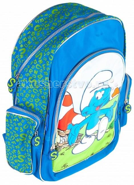 Смурфики Рюкзак Friends 19818Рюкзак Friends 19818Стильный и удобный облегченный с EVA рюкзак Смурфики серии Friends станет удобным аксессуаром для вашего мальчика. В его объемное внутренне отделение на молнии поместятся все необходимые для учебы вещи, в том числе и предметы форматом А4.  Внутри него есть две перегородки для тетрадей. Лицевой карман на молнии подойдет для тетрадей и пенала. Усиленная спинка EVA комфортно прилегает и оберегает от неприятного взаимодействия с твердыми предметами, которые могут переноситься в рюкзаке. Широкие ремни с мягкой прокладкой равномерно распределяют нагрузку на плечевой пояс и оберегают от натирания. Благодаря регулируемым лямкам, рюкзак подойдет детям любого роста. Гибкая ручка удобна для ношения в руке. Светоотражающие элементы повышают безопасность ребенка на дороге в темное время суток.  Изделие изготовлено из износостойкой ткани, что позволит ему верно служить долгое время.  Аксессуар декорирован ярким принтом и объемной аппликацией PVC.<br>