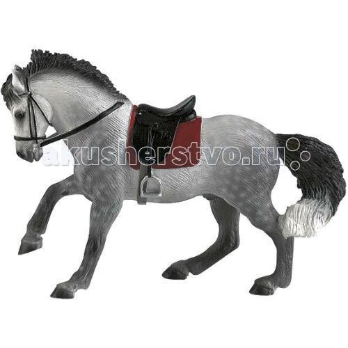 Bullyland Фигурка Андалузский конь 15,8 смФигурка Андалузский конь 15,8 смBullyland Фигурка Андалузский конь 15,8 см. - одна из красивейших пород мира.   Андалузская лошадь бывает серой, гнедой и вороной. Животное украшают пышный хвост и грива.   Андалузских лошадей считали лучшими как для парада, так и для войны. Фигурка выполнена с учетом анатомических особенностей и в соответствии с внешним видом животного. Игрушка из высококачественных, нетоксичных материалов и абсолютно безопасна для детей.   Размер: 158 х 60 х 114 мм.<br>