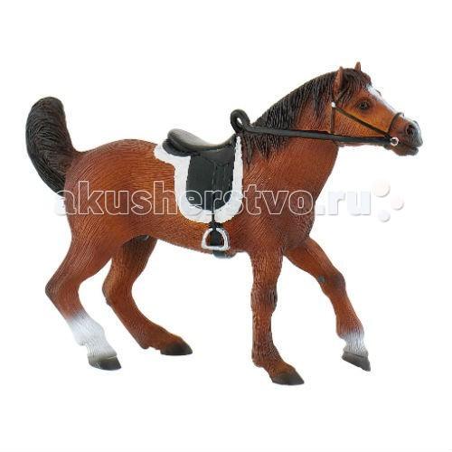 Bullyland Фигурка Арабский жеребецФигурка Арабский жеребецBullyland Фигурка Арабский жеребец - фигурка от компании Bullyland изображающая чистокровного арабского жеребца, понравится всем детишкам, любителям лошадок. Арабские лошади известны во всем мире, об их быстроте и выносливости складываются легенды!   Фигурка отличается высокой детализацией, и выглядит совсем как живая!   Жеребец имеет красивую коричневую краску, и пышную черную гриву. На него надето седло со стременами и уздцы. Фигурка не содержит ПВХ и вредных добавок, и изготовлена из высококачественного синтетического каучука.  Рекомендуемый возраст: от 3 лет.  Длина фигурки: 13,5 см.<br>
