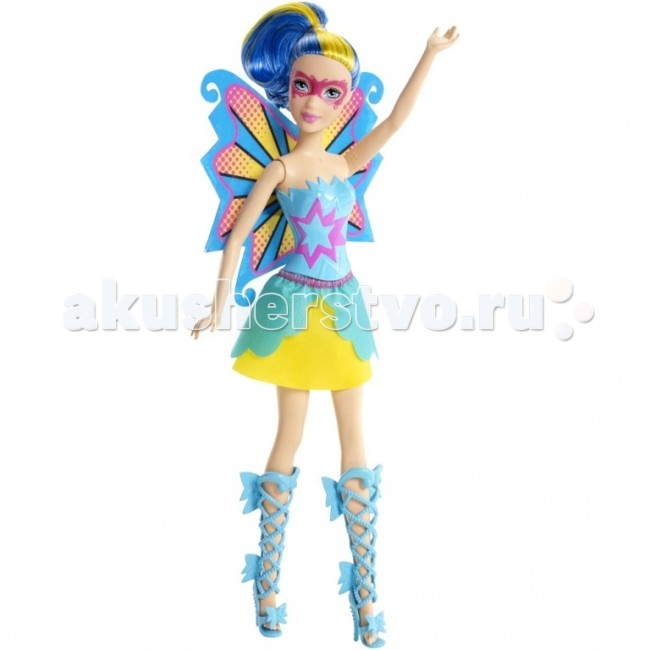 Barbie Кукла Супер-подружкиКукла Супер-подружкиКукла Barbie Супер-подружки   В фильме «Барби Супер Принцесса» современную принцессу поцеловала волшебная бабочка, одарив ее суперспособностями. Удастся ли ей вместе с суперподругами защитить королевство от врага? Лучшие подруги Кары — гениальные двойняшки — готовы вместе с ней спасать мир!   Кукла двойняшка одета тоже соответственно — в костюм супергероини. Ее броские, эффектные крылья с узором — настоящая заявка на звание супермодницы! А юбка и топ под цвет крыльев и сапожки на шнуровке делают ее просто неотразимой! Ее образ дополняют яркие волосы с прядью контрастного цвета и нарисованная полумаска.<br>
