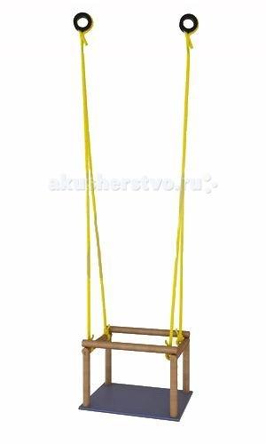 Качели KMS-sport мягкие подвесныемягкие подвесныеДеревянные подвесные качели с мягким сидением можно установить как на даче, так и дома.  мягкое сидение съемные перекладины надежный высокопрочный шнур выдерживают вес до 30 кг качели крепятся к большинству видов ДСК<br>