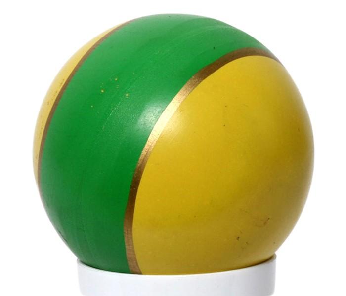 Русский стиль Мяч Полоса 7.5 смМяч Полоса 7.5 смРусский стиль Мяч Полоса очень удобно брать с собой в дорогу и играть с ним на природе или в помещении, развивая при этом ловкость, координацию движений и меткость.   С мячиком можно придумать огромное количество игр или играть в классические, известные всем детям и взрослым.   Мяч сделан из прочной резины и прослужит вам максимально долго!  Товар представлен в ассортименте<br>