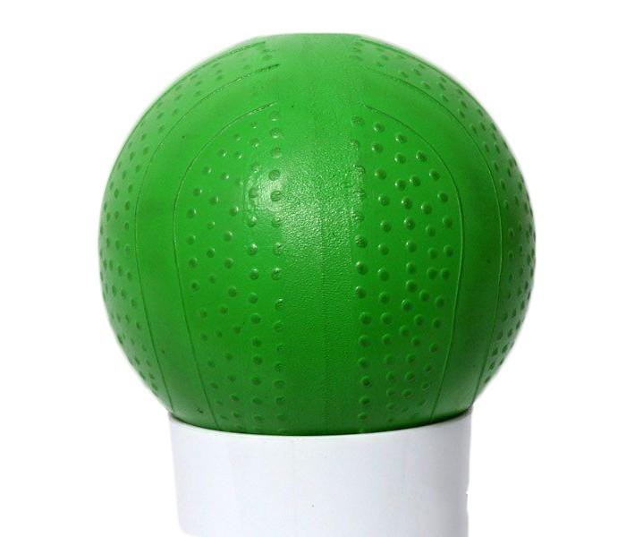 Русский стиль Мяч 7.5 смМяч 7.5 смРусский стиль Мяч, который может поместиться в ручку, обязательно понравится вашему юному спортсмену! С этим мячом можно резвиться во дворе или в воде. Играя с мячом ребенок развивает свои физические способности.   Товар представлен в ассортименте<br>