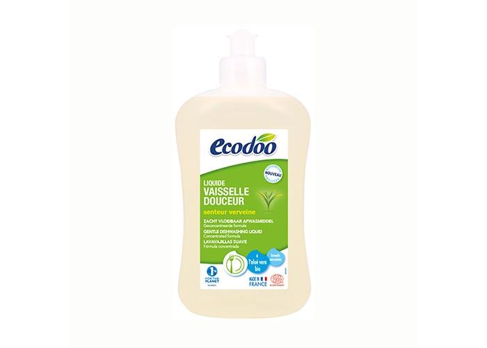 Ecodoo Средство для мытья посуды с алоэ вера 500 млСредство для мытья посуды с алоэ вера 500 млСредство для мытья посуды Ecodoo с алоэ вера 500мл   Особенности:    очищает, удаляет жир и придает блеск посуде  экономичный расход (0,5 л. = 2 л. классического средства для мытья посуды, 1 л. = 4 л. классического средства для мытья посуды)  благодаря экстракту алоэ вера защищает кожу рук;   полностью смывается водой  при использовании в чистом виде удаляет пятна с одежды.  Биоразлагаемая формула.  Подходит для септической канализации  Сертификат ECOCERT - гарантия экологической чистоты продукта:  средство не содержит синтетических красителей, ароматизаторов, консервантов, продуктов нефтехимии, хлора, фосфатов, ГМО и т.д.  активные ингредиенты только растительного и/или минерального происхождения  100% натуральные ароматы экологически чистых эфирных масел  безопасная рециклируемая упаковка  не тестируется на животных    Состав:  >30% вода; 5-15% растительные ПАВы анионного происхождения; < 5% растительные ПАВы неионного происхождения, растительные ПАВы амфотерного происхождения; молочная кислота (кислоту получают при брожении сахара в молочно-кислых бактериях); сорбат калия (природный консервант, калиевая соль сорбиновой кислоты, которая находиться в ягодах рябины); соль; эфирное масло грейпфрута*, ароматическая композиция лимон*-манго*; алоэ-вера*; парфюм (под контролем ECOCERT);  * экологически чистые ингредиенты (произведены в соответствии с нормами биологического земледелия)<br>