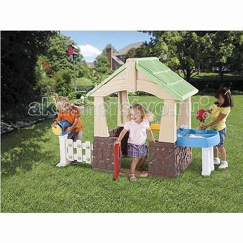 Игровой домик Little Tikes с песочницей 630170с песочницей 630170Игровой домик с песочницей 630170.  Компактный игровой домик можно расположить на открытом воздухе, тогда малыш с друзьями поиграет в теплые летние дни.   В домике есть: открывающаяся дверь, раковина с краном и крышкой, почтовый ящик, разнообразные зоны для игр, кухонька, доска с инструментами, 1 молоточек, 1 отвертка, игровой телефон, водное колесо, 1 чашка для песка, 6 пластиковых гвоздей.<br>