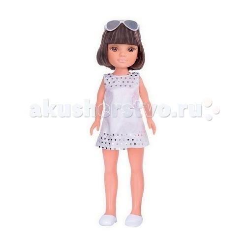 Famosa Кукла Нэнси с короткой стрижкой в белом платье